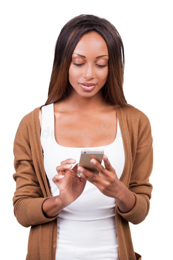 Belleza con el teléfono móvil. fotografía de archivo