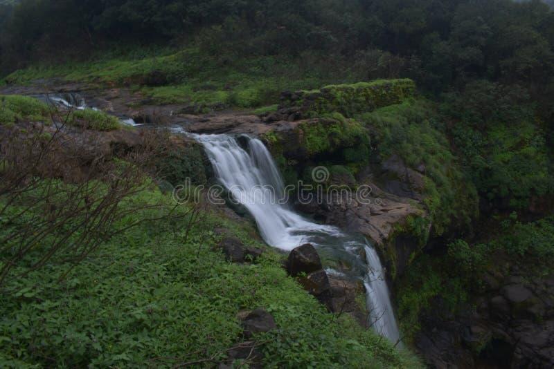 Belleza de la cascada fotografía de archivo