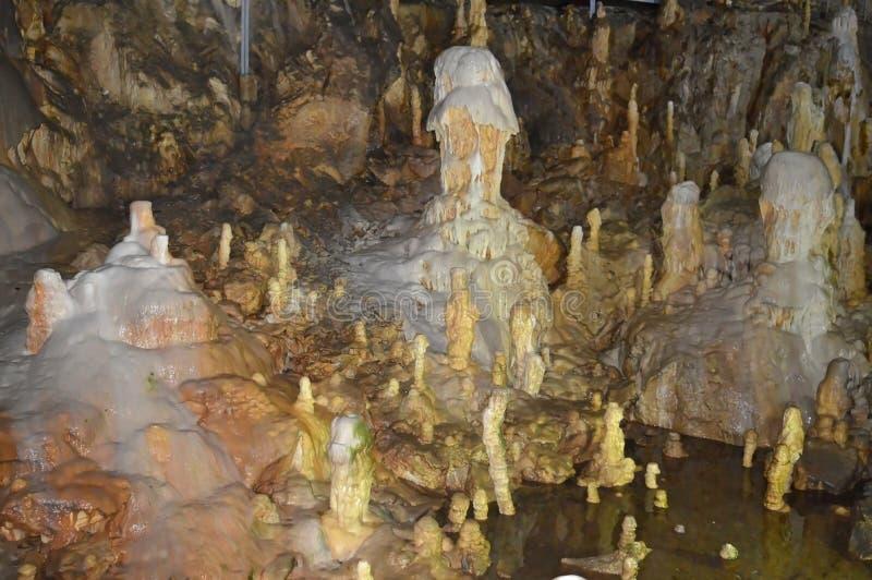 Belleza de la cueva minerales imagen de archivo