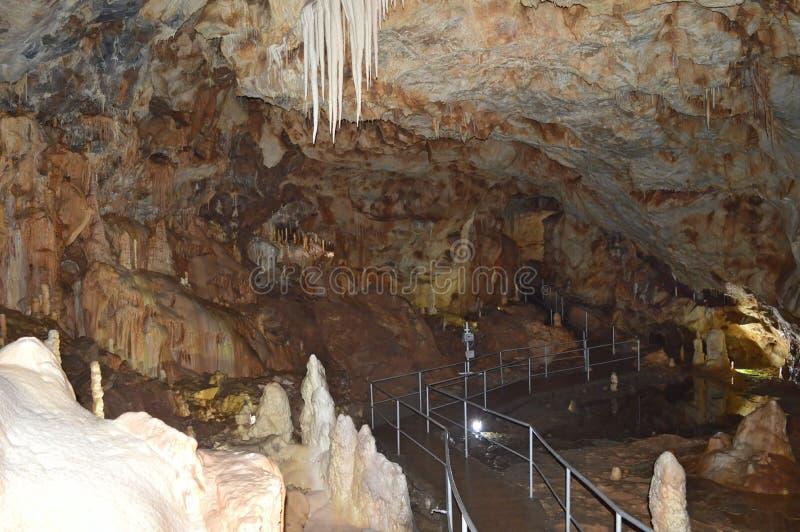 Belleza de la cueva speacial imagenes de archivo