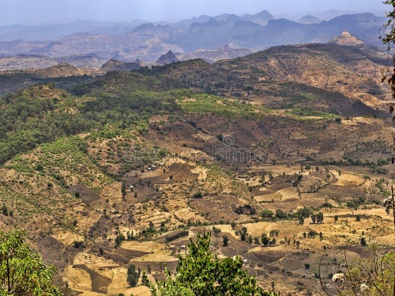 Belleza de un paisaje montañoso en Etiopía septentrional imágenes de archivo libres de regalías
