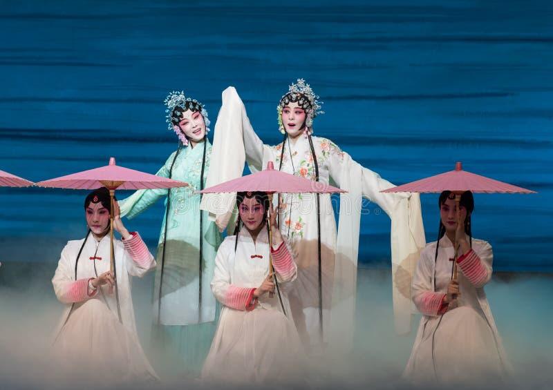 """Belleza del  blanco de Opera""""Madame Snake†del lago-Kunqu del oeste imagenes de archivo"""