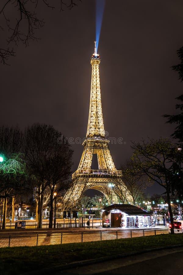 Belleza en la noche imagenes de archivo