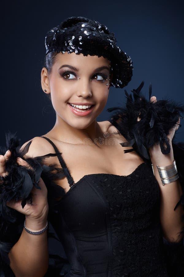 Belleza feliz en equipo negro atractivo fotos de archivo libres de regalías