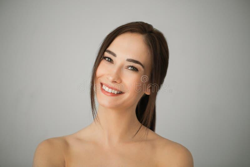 Belleza femenina imagen de archivo libre de regalías