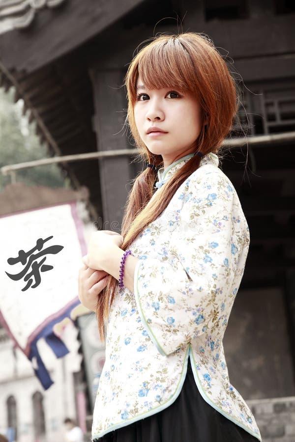 Bellezza cinese esterna fotografia stock