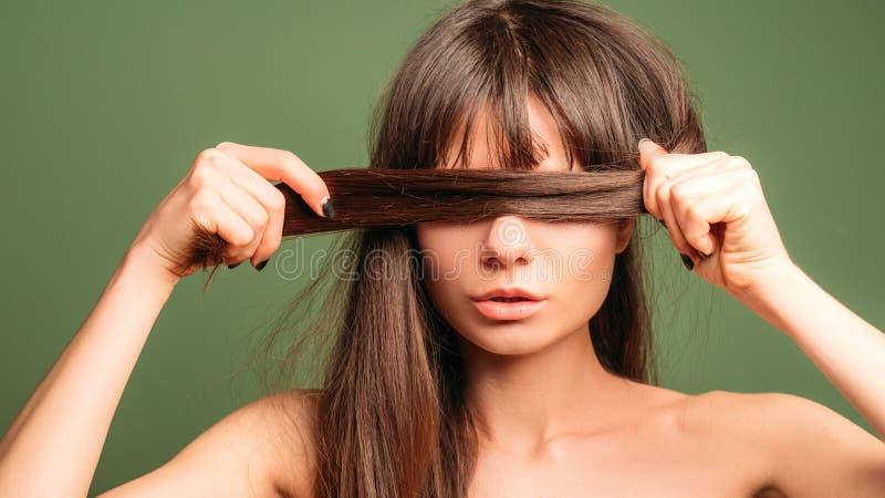 Bellezza cosmetica naturale dei prodotti di cura di capelli fotografia stock libera da diritti