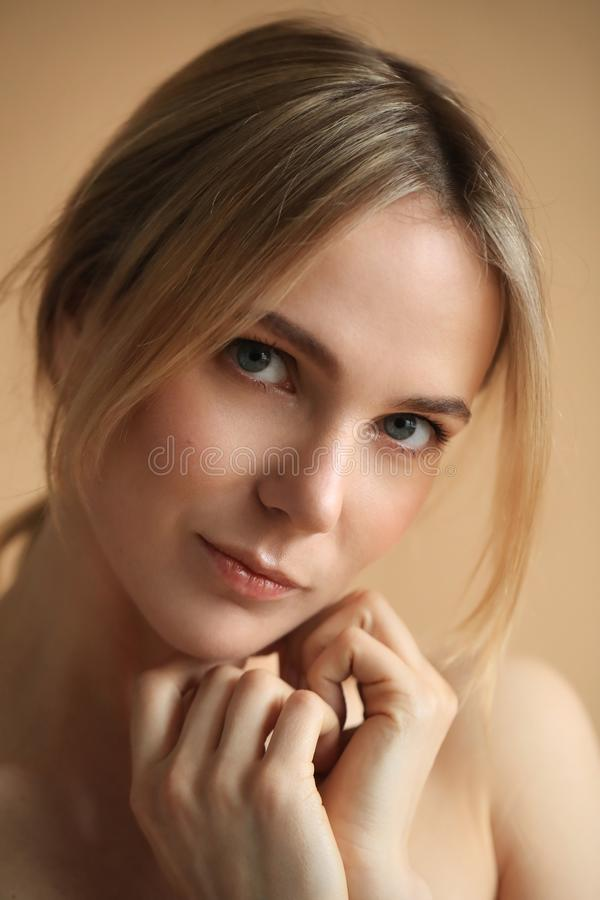 Bellezza femminile in primo piano immagine stock