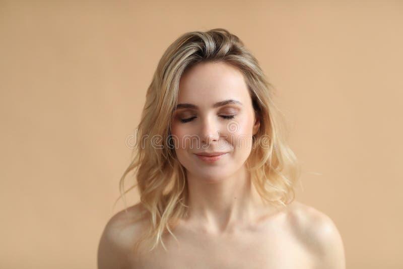 Bellezza femminile in primo piano immagini stock
