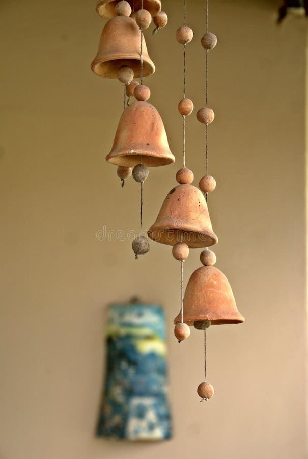 Download Belling стоковое изображение. изображение насчитывающей керамика - 41658899