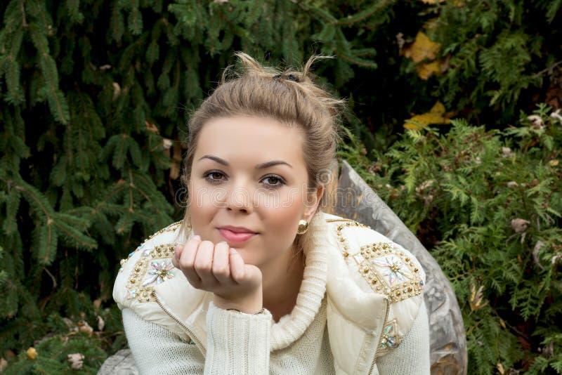 Bello adolescente fotografia stock libera da diritti