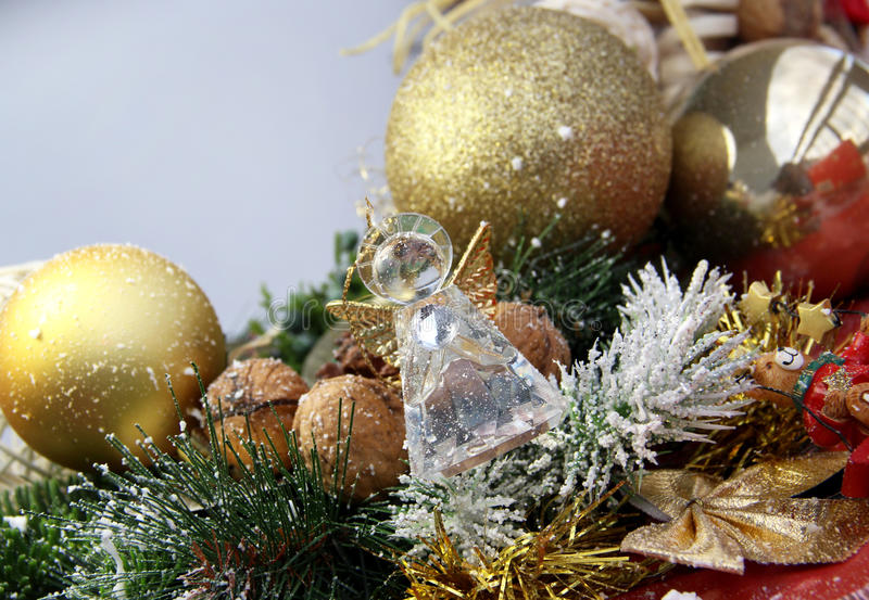 Bello angelo della corona e del cristallo di Natale fotografie stock