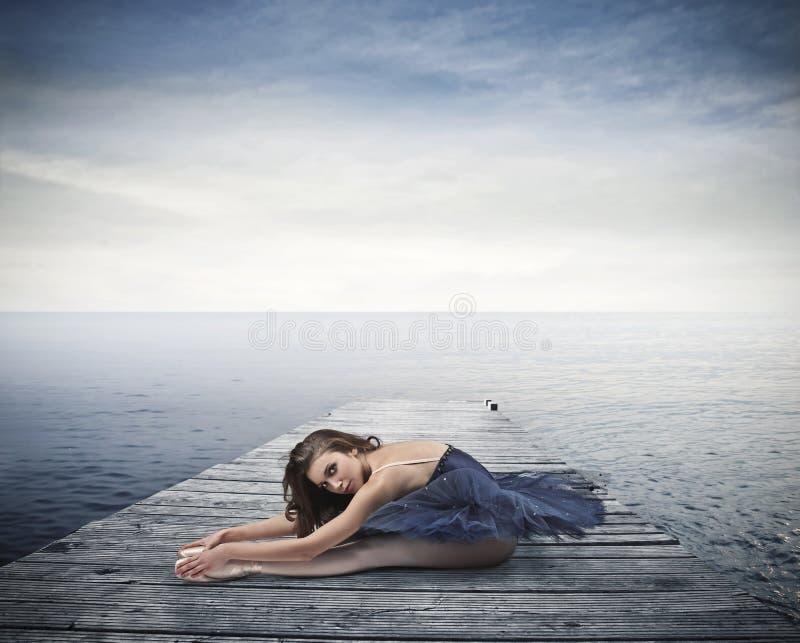 Bello ballerino blu immagine stock libera da diritti