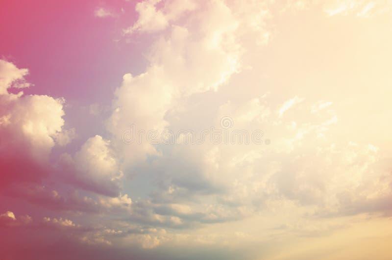 Bello cielo drammatico fotografie stock libere da diritti