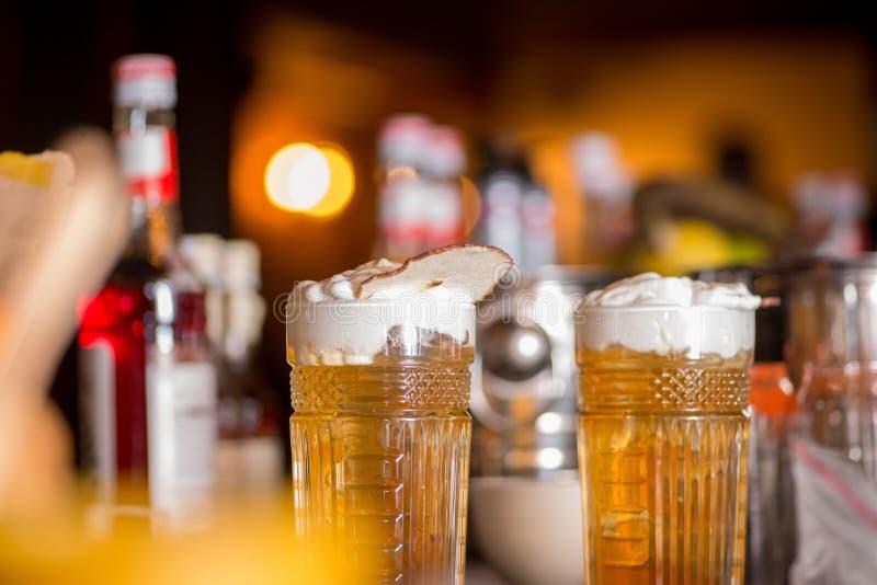 Bello cocktail pronto fotografie stock