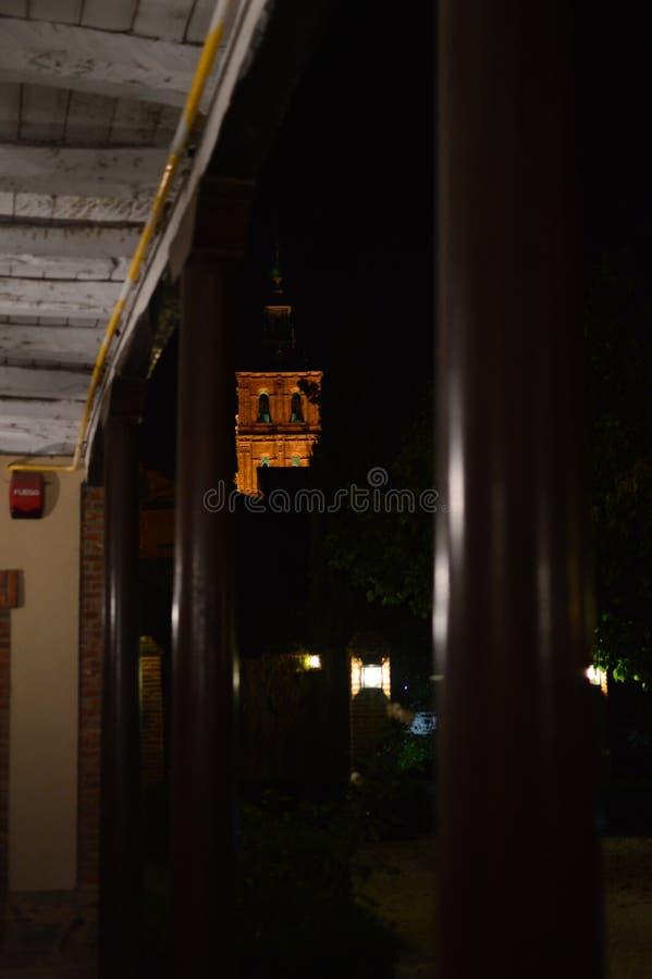 Bello colpo di notte del campanile della cattedrale a Astorga Architettura, storia, Camino de Santiago, viaggio, notte Photograp fotografia stock libera da diritti