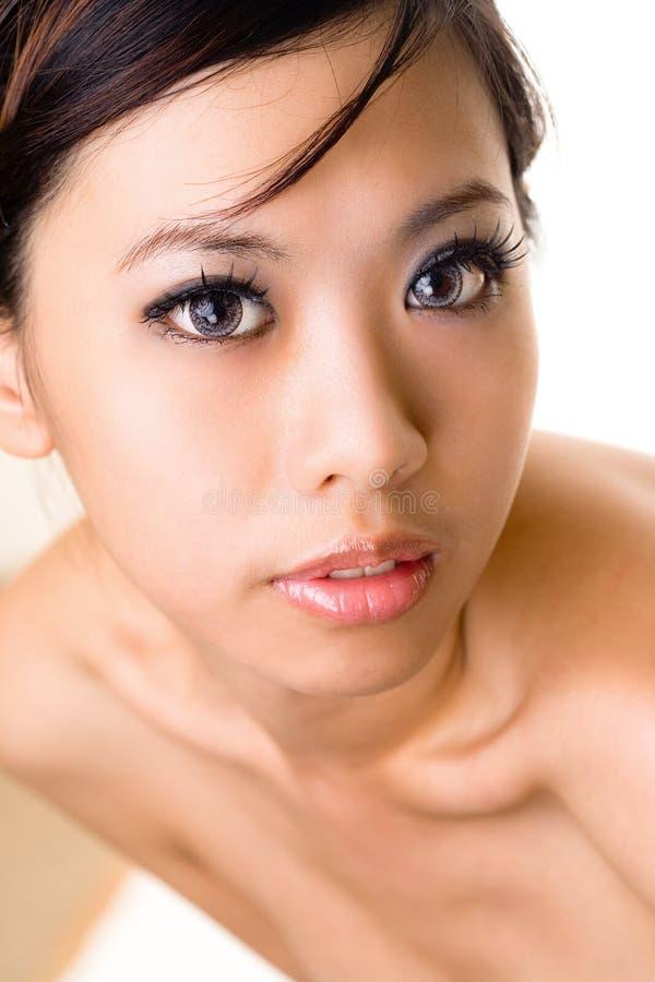 Bello componga il fronte della donna asiatica immagini stock libere da diritti