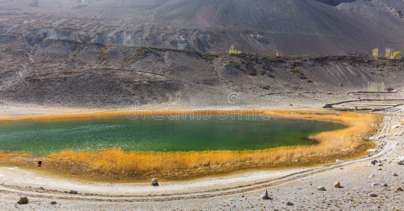 Bello del lago Borit a nord-ovest di Husseini fotografia stock libera da diritti