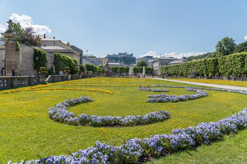 Bello giardino di Mirabell - Salisburgo fotografia stock libera da diritti