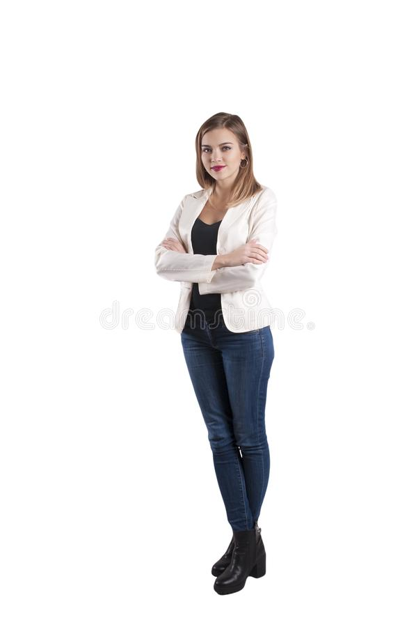 Bello giovane rivestimento della donna di affari, intera altezza dei jeans immagini stock