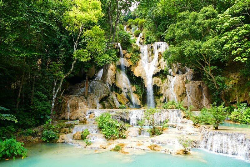 Bello Kuang Si Falls in Luang Prabang, Laos immagini stock