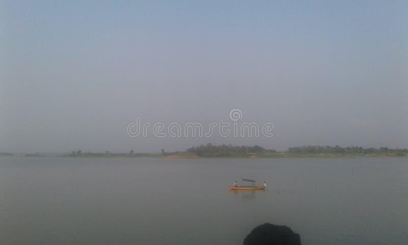Bello lago fotografie stock