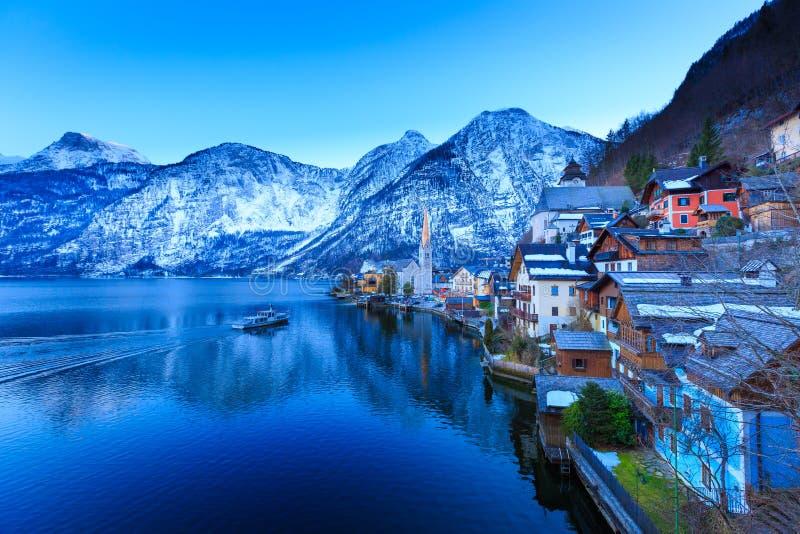 Bello lago a Hallstatt immagini stock libere da diritti