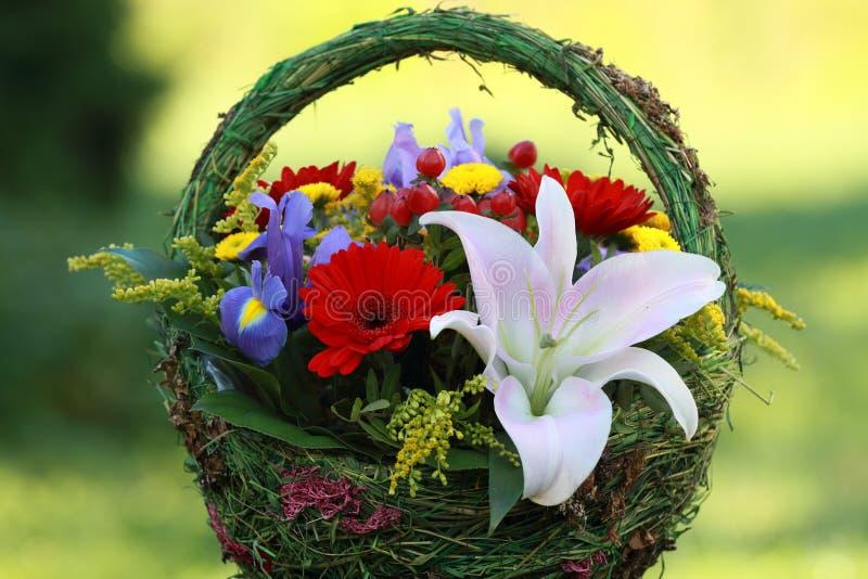 Bello mazzo dei fiori per le donne fotografie stock libere da diritti