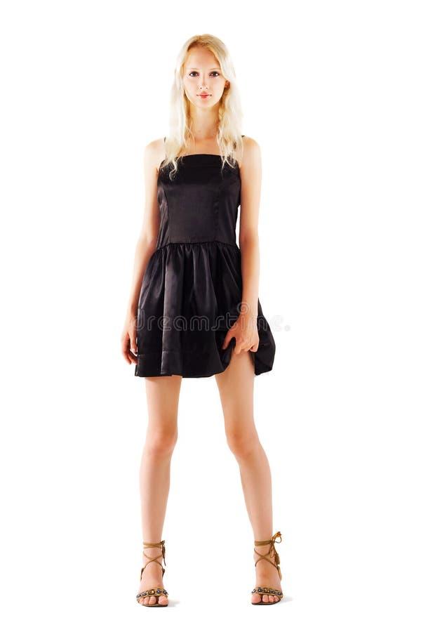Bello modello di modo in un vestito nero fotografia stock