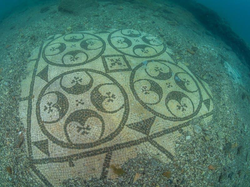 Bello mosaico in protiro della villa Archeologia subacquea fotografia stock