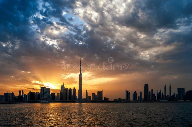 Bello orizzonte del centro della Dubai Il Dubai, Emirati Arabi Uniti fotografia stock