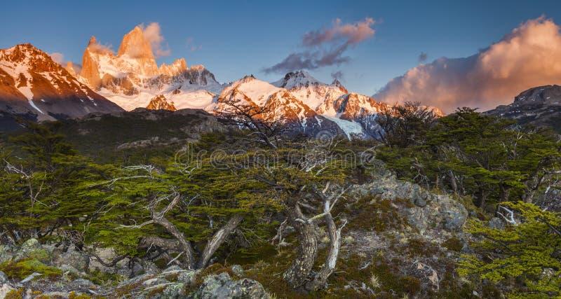 Bello paesaggio con Fitz Roy patagonia immagini stock libere da diritti