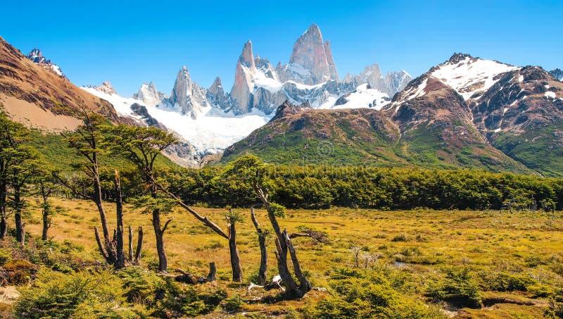 Bello paesaggio con il Mt Fitz Roy nel parco nazionale di Los Glaciares, Patagonia, Argentina, Sudamerica immagini stock