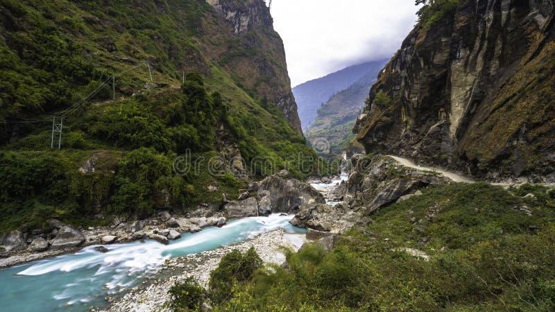 Bello paesaggio dell'Himalaya sul Annapurna fotografia stock