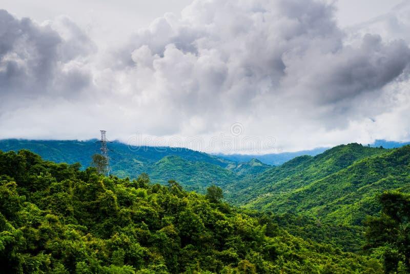 Bello paesaggio della montagna tropicale fotografia stock libera da diritti
