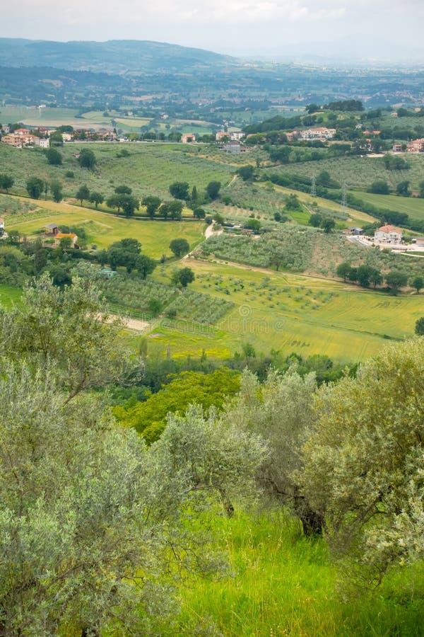 bello paesaggio di paesaggio in Marche Italia fotografia stock libera da diritti