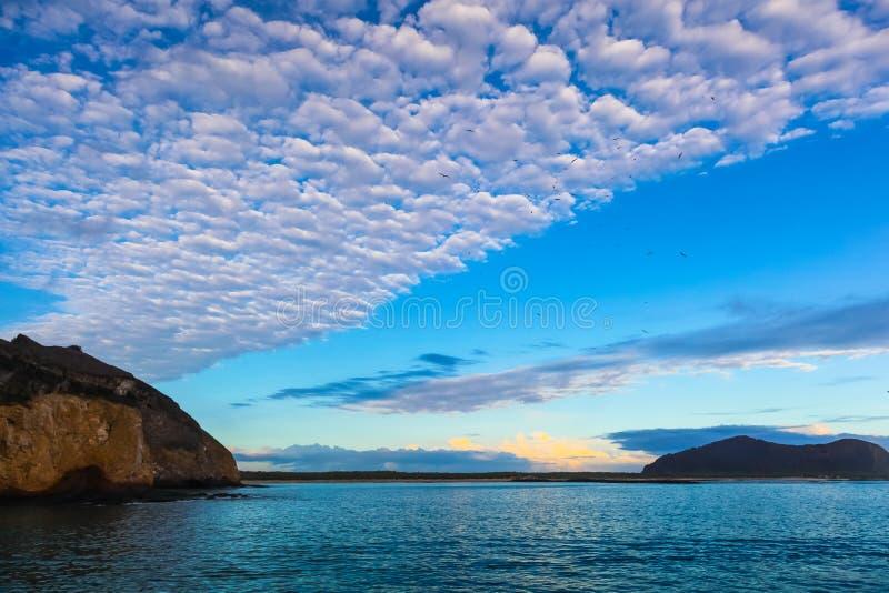 Bello paesaggio di mattina su San Cristobal Island fotografia stock libera da diritti