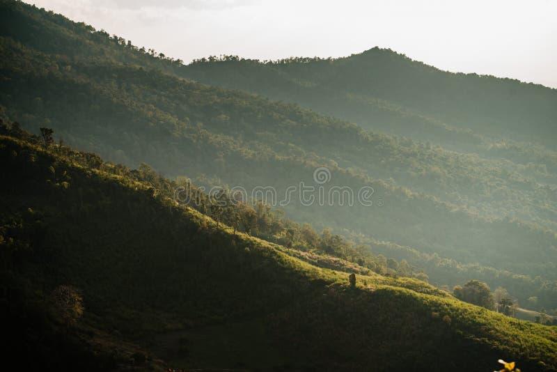 Bello paesaggio di tramonto, Nan, Tailandia fotografia stock libera da diritti