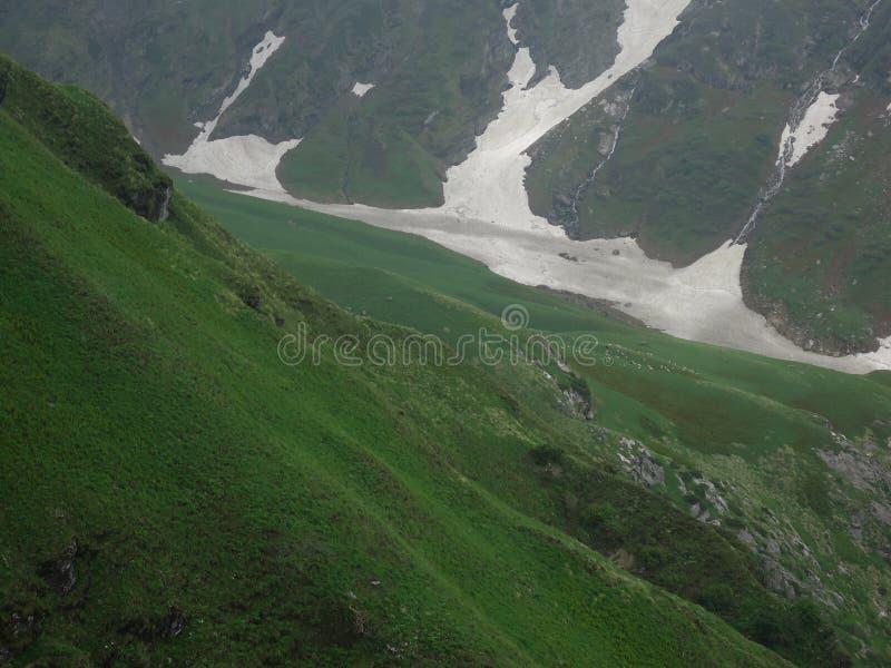 Bello paesaggio in movimento al mahadev Himachal India di Shrikhand immagini stock