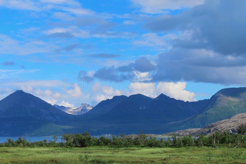 Bello paesaggio norvegese fotografia stock libera da diritti
