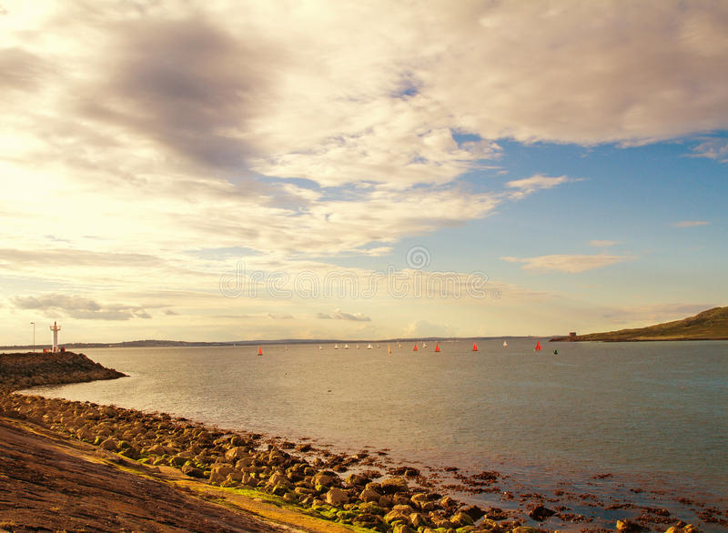 Bello paesaggio scenico del mare fotografia stock