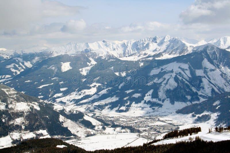 Bello paesaggio svizzero delle alpi immagine stock