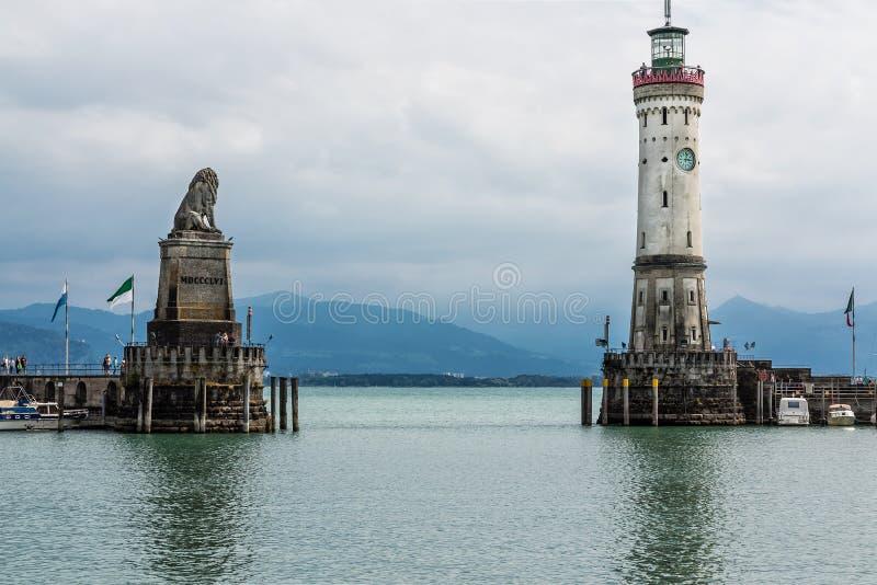 Bello porto dell'isola Lindau, il lago di Costanza, Germania fotografia stock