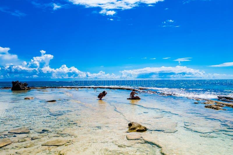 Bello punto di vista stupefacente di San Andres Island da Johnny Cay in un giorno soleggiato splendido in San Andres, Colombia fotografie stock