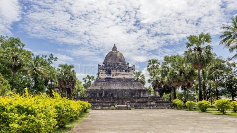 Bello punto di vista di Wat Wisunarat Wat Visoun il più vecchio tempio in Luang Prabang, Laos fotografia stock libera da diritti