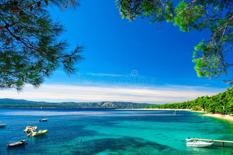 Bello ratto di Zlatni della spiaggia in Bol, isola Brac, Croazia immagine stock libera da diritti