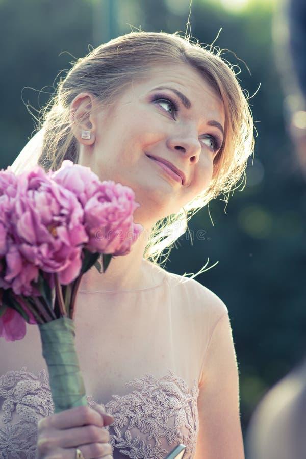 Bello ritratto della sposa immagine stock