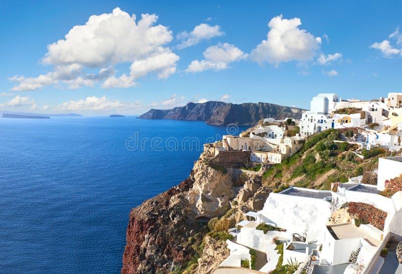 Bello Santorini in Grecia, vista della caldera dal villaggio di OIA fotografie stock libere da diritti