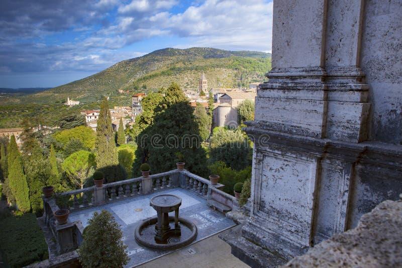 Bello scenico del sito importante del d'Este della villa, del patrimonio mondiale di Tivoli e della destinazione di viaggio imp fotografia stock libera da diritti