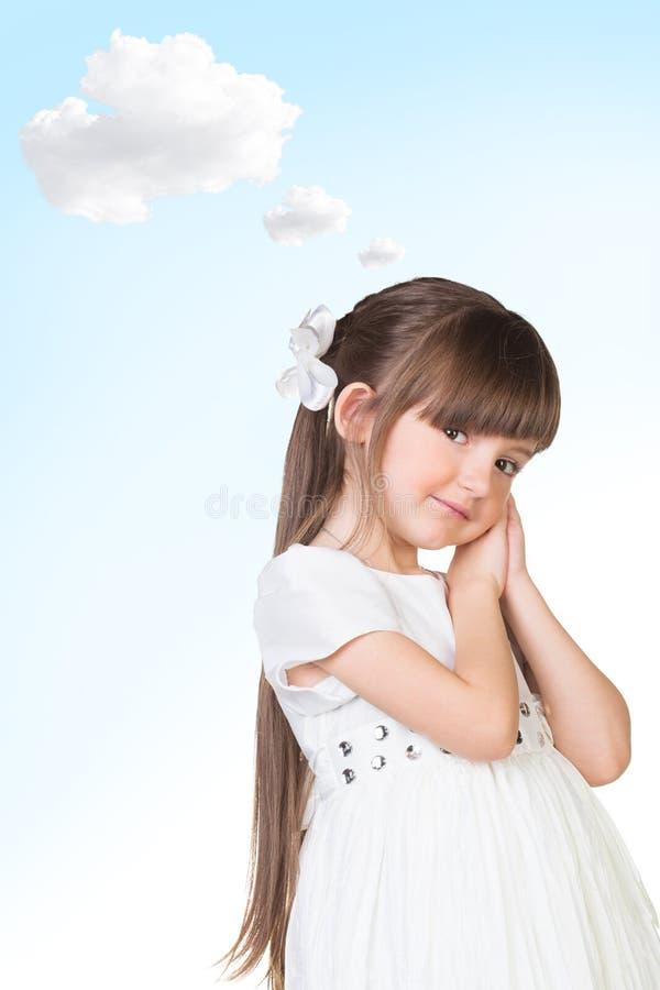 Bello sogno sorridente della ragazza fotografia stock libera da diritti